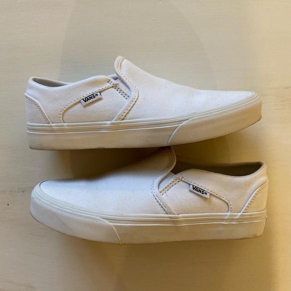 Vans Shoes | White Womens Asher Vans
